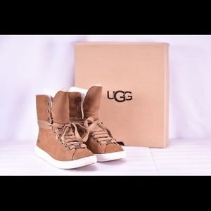 Uggs size 7.5 new
